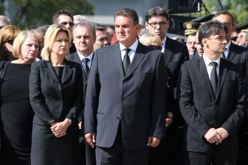 Brojni političari i građani okupili se na ispraćaju Borisa Šprema
