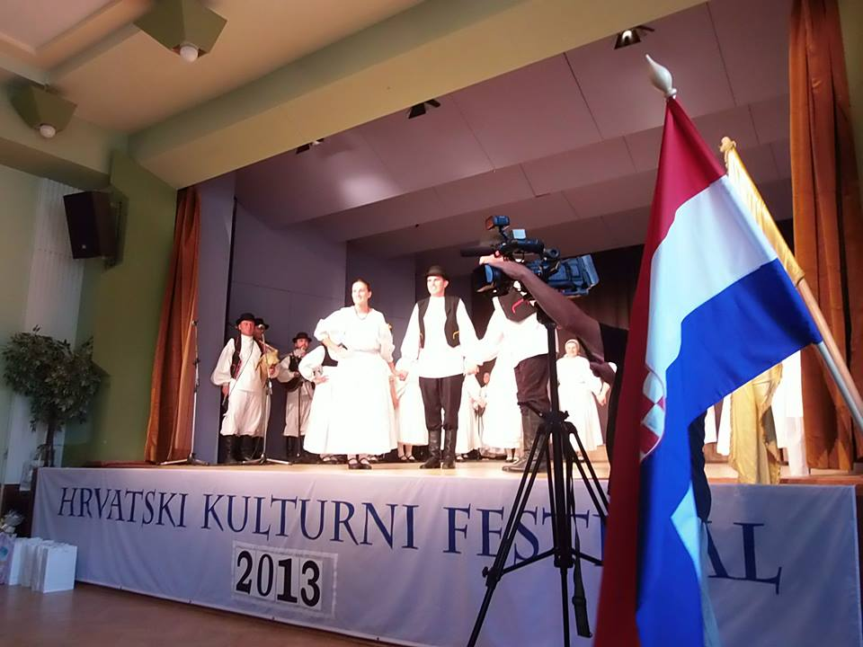 Održan Hrvatski kulturni festival u Büku – 20.07.2013.