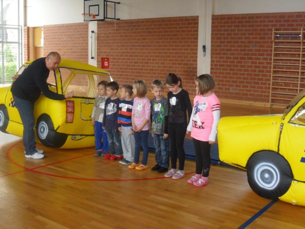 """""""Vidi i klikni"""" – djeca učila o sigurnom sudjelovanju u prometu"""
