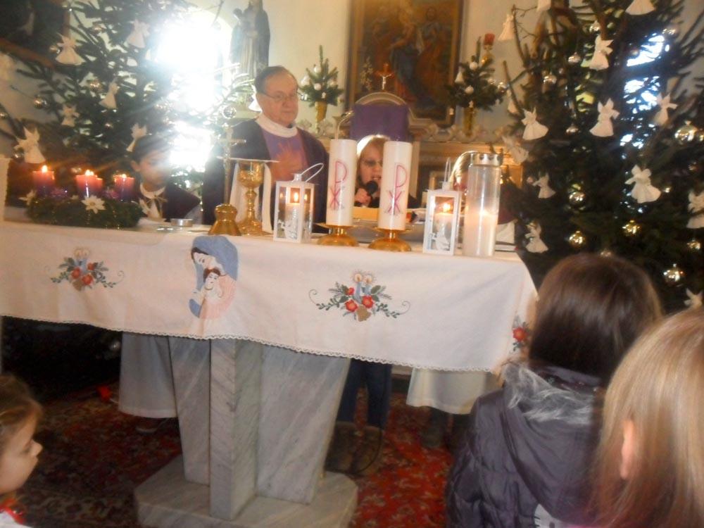 Mališani donijeli Betlehemsko svijetlo