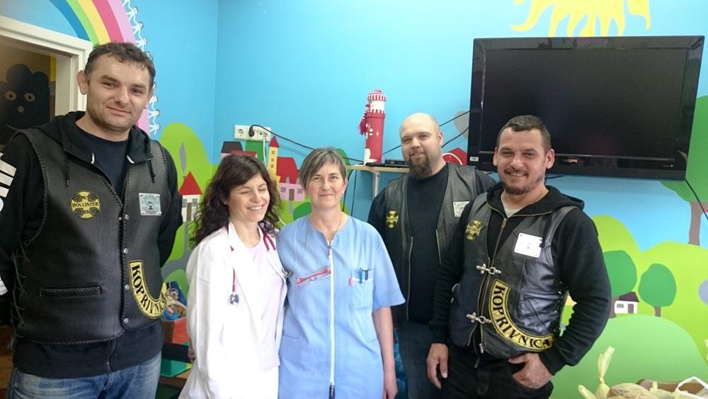 Članovi Moto kluba Hollister posjetili dječji odjel Koprivničke bolnice