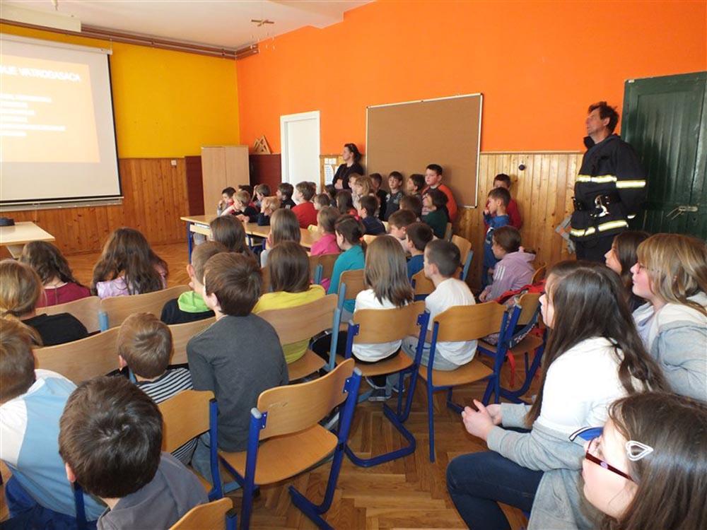 Održana prezentacija rada dobrovoljnih vatrogasaca