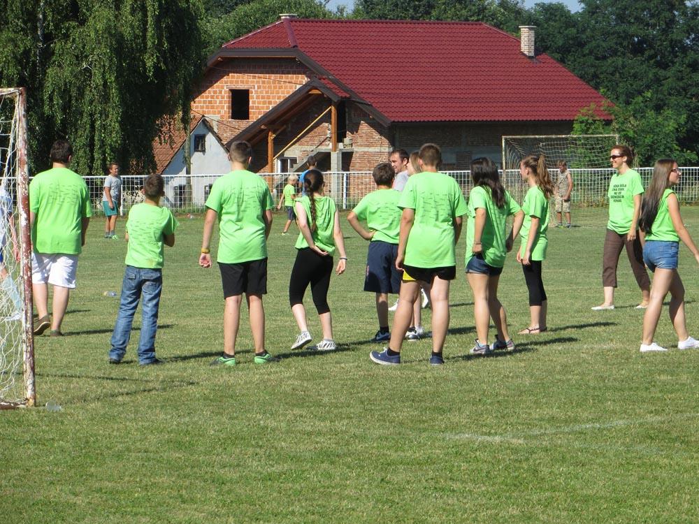 Nogometna utakmica za maturalac