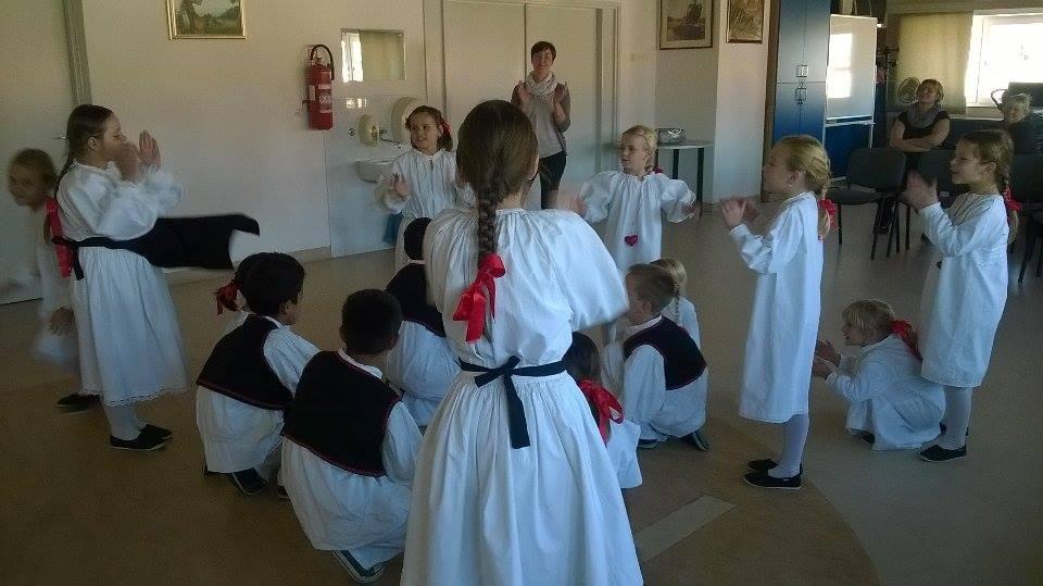 """Mali Rudari i dječja folklorna grupa iz """"Podravskog sunca"""" obilježili su Tjedan cjeloživotnog učenja"""