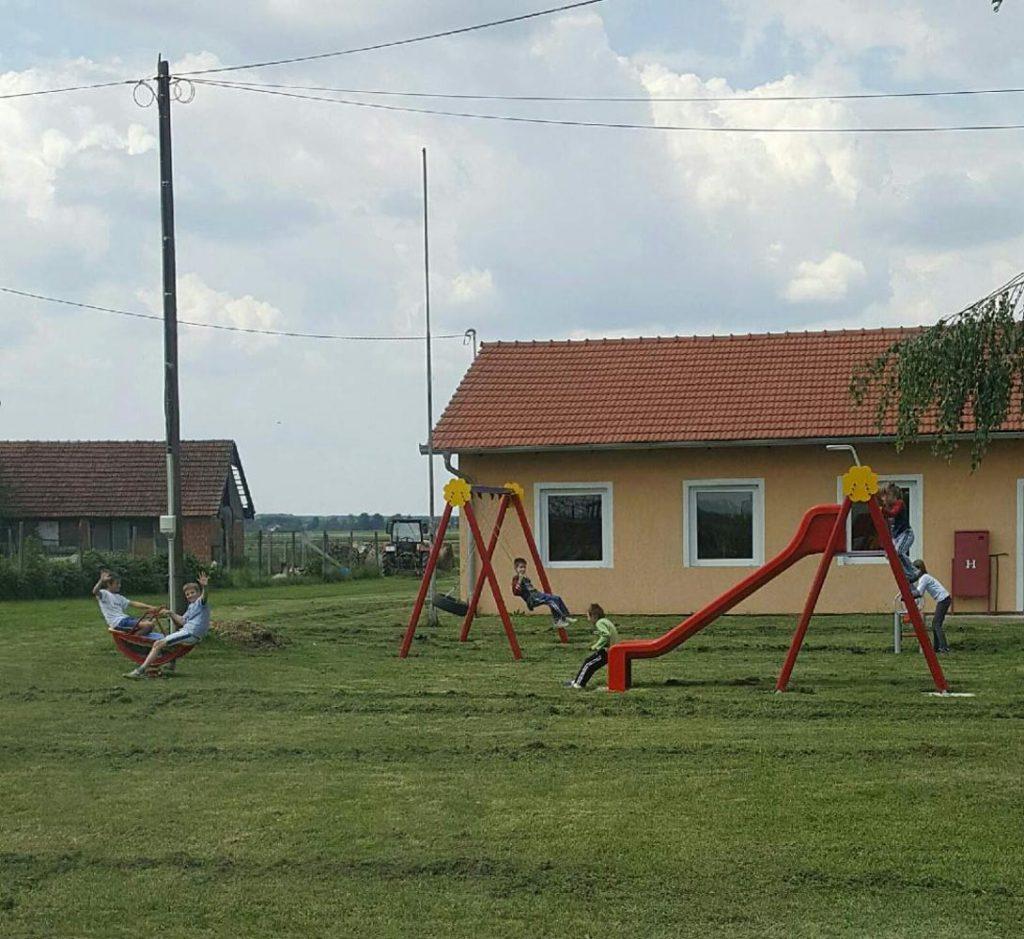 Postavljeno novo dječje igralište u Jeduševcu