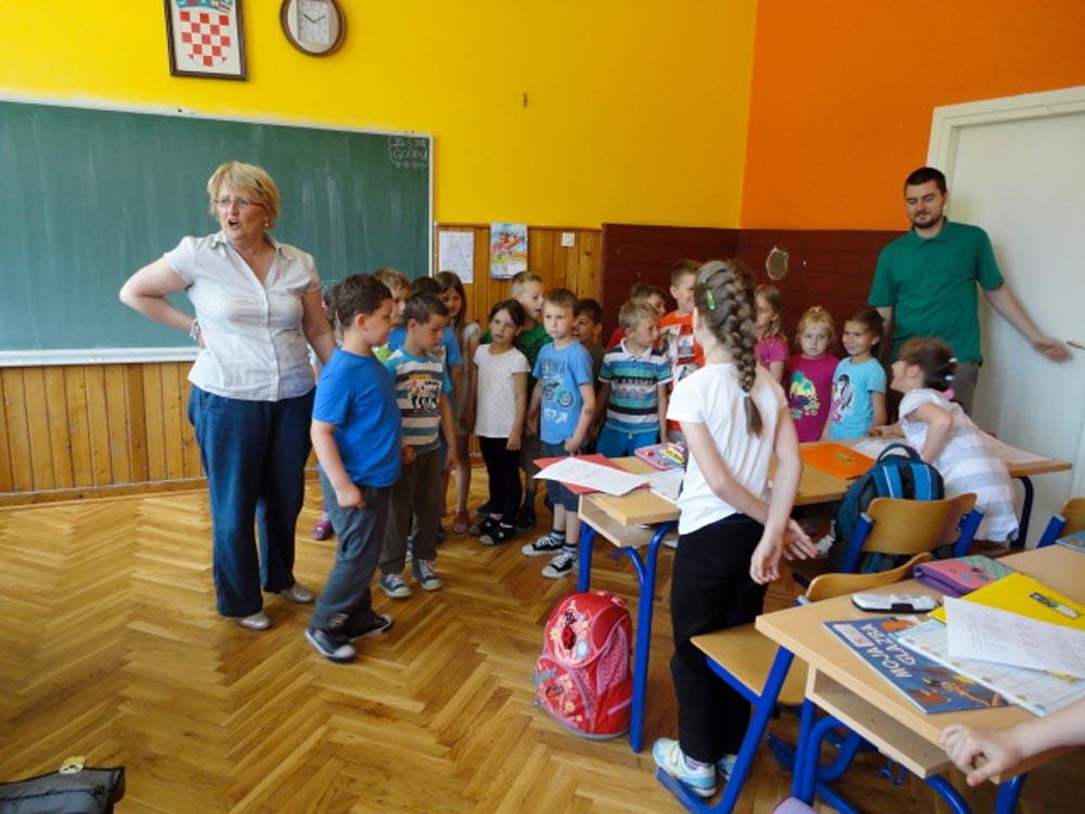 Predškolci posjetili Područnu i Matičnu školu