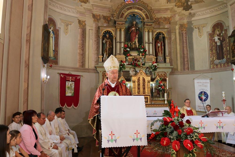 Koncelebrirana Sveta misa i proslava jubileja župnika Josipa Koščaka