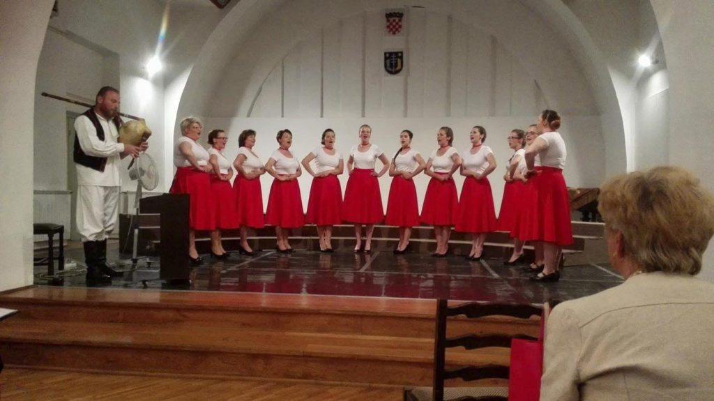 "Ženski vokalni sastav KUD-a Rudar ""Rudarice"" ide na državnu smotru"