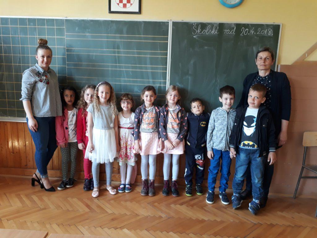 Predškolci u posjeti budućim učiteljicama