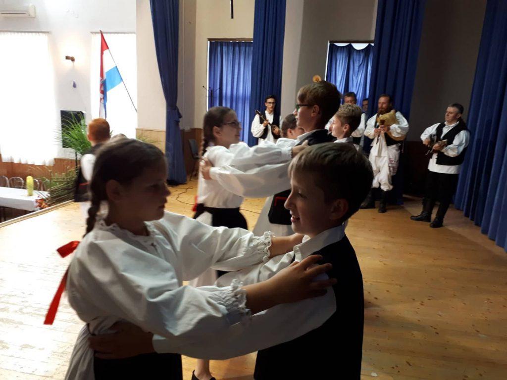 Sve sekcije KUD-a Rudar uspješno se predstavile na 32. Repušničkim susretima