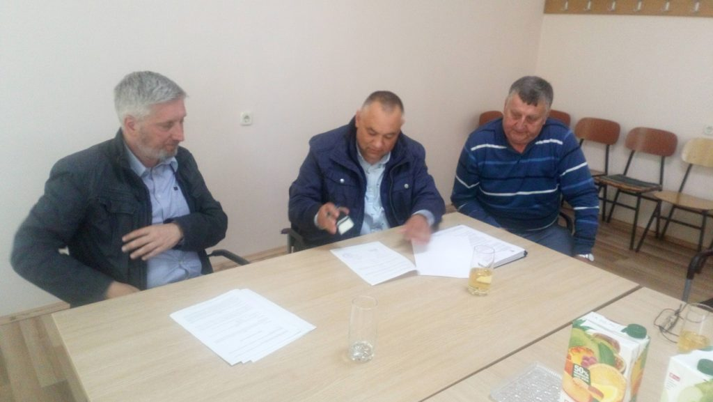 Potpisan Ugovor za izgradnju pješačke staze sa oborinskom odvodnjom u Glogovcu