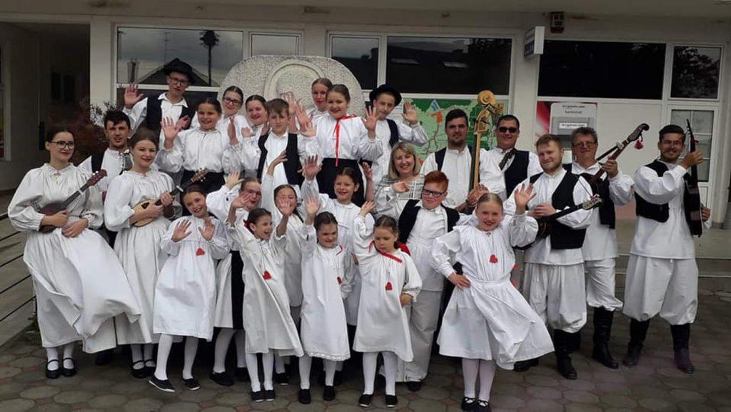 Mali Rudari na Županijskoj smotri dječjeg folklora