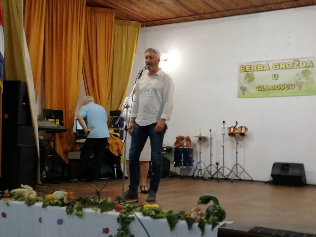 Manifestacija Berba grožđa u Glogovcu