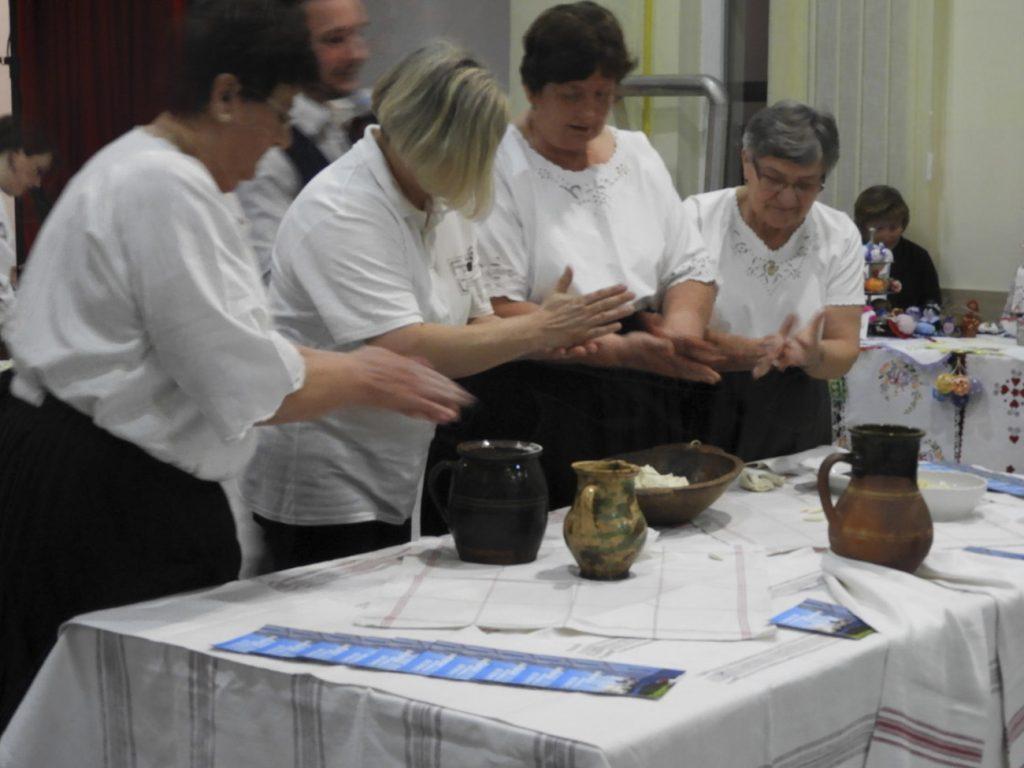 """Održana 2. Manifestacija""""Očuvanje nematerijalne kulturne baštine""""u organizaciji Udruge žena Bregi"""
