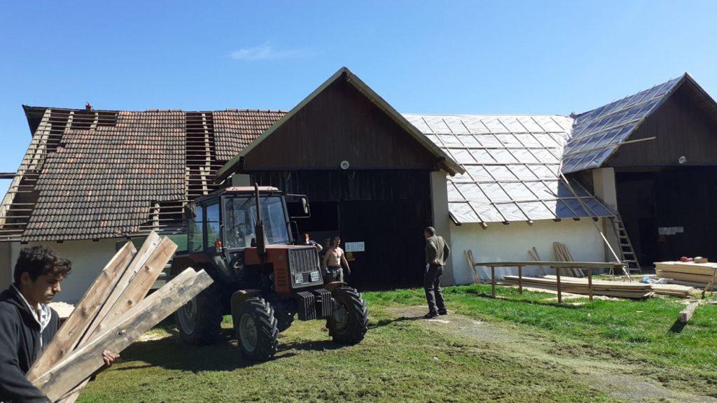 Obnovljeno krovište lovačkog doma u Koprivničkim Bregima